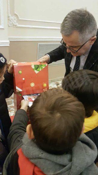 Poste italiane: a Cuneo gli alunni della scuola Soleri scrivono a Babbo Natale 1