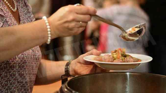 Colletta alimentare: 8.100 tonnellate di cibo in Italia, 708 nel solo Piemonte