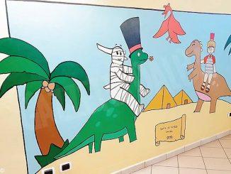 Tutte le aule della primaria di Novello sono decorate con i murales