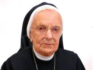 L'addio a suor Agnese Bottino. Era la più anziana al Cottolengo di Bra