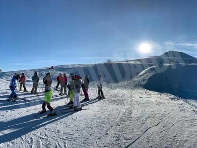 La scuola si sposta in montagna: i licei classico e artistico partecipano al progetto Sci e natura 1