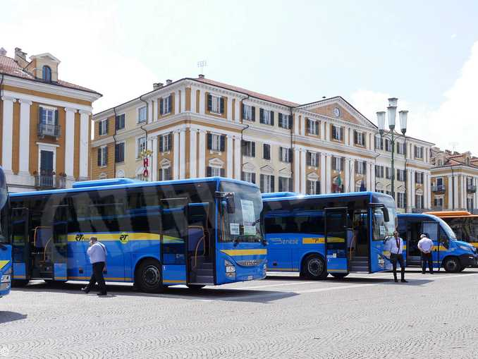 autobus piazza galimberti cuneo
