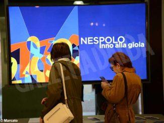 Grande successo della mostra di Ugo Nespolo in Banca d'Alba 3