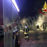Bra: trattore va a fuoco vicino a una stalla di frazione Casa del Bosco