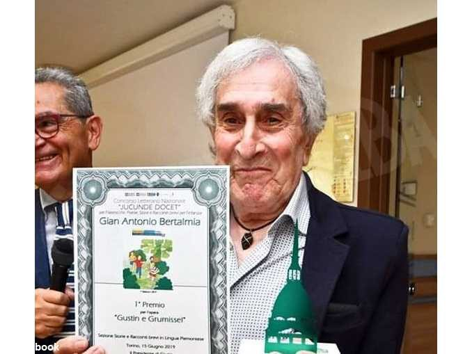 Lutto a Carmagnola per la scomparsa del poeta Gian Antonio Bertalmia