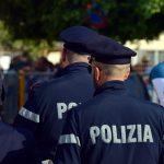 Spacciano cocaina ed eroina davanti a una scuola media astigiana: retata della Polizia