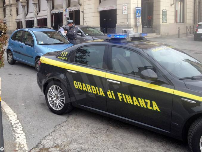Guardia di finanza 3