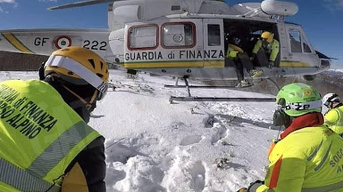 Il Soccorso alpino della Finanza vigila sulle piste da sci