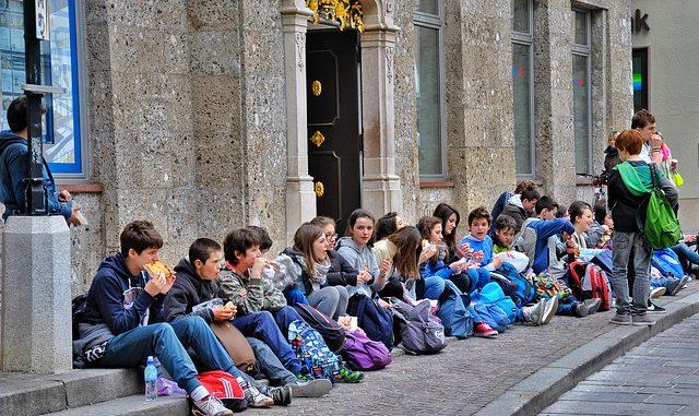 Coronavirus: per tutte le scuole italiane sospesi viaggi di istruzione e gite didattiche