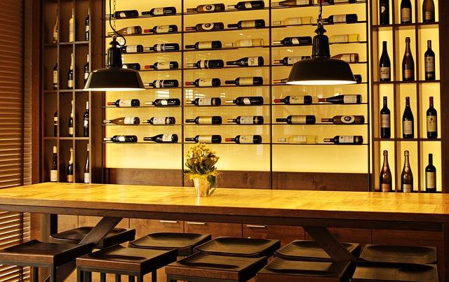 bottiglie-vino-cantina-degustazione