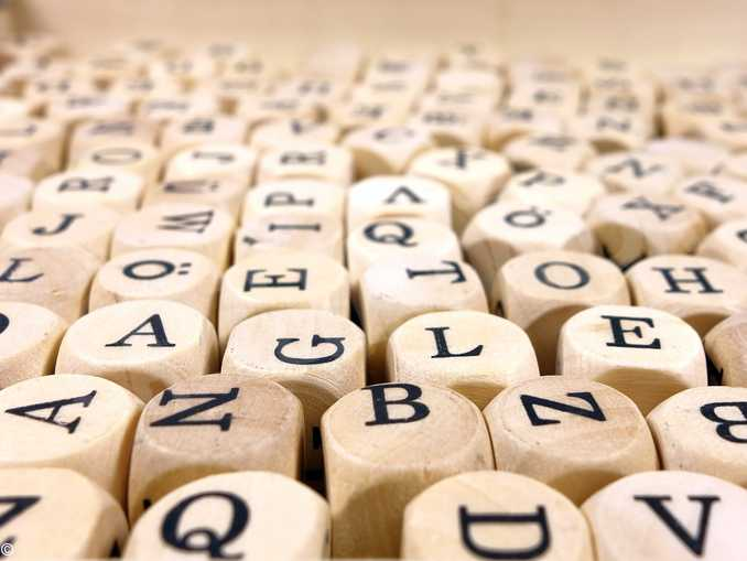 cubi legno lettere