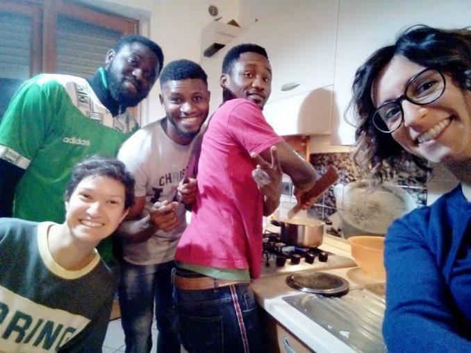 I rifugiati di Langhe e Roero aprono le porte di casa e invitano i cittadini a gustare le loro cene dal mondo