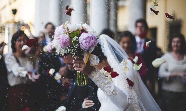 In Piemonte i matrimoni in chiesa sono circa la metà di quelli civili