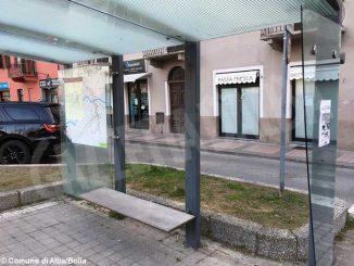 Quasi metà delle fermate dei bus hanno i vetri o le panchine rotte