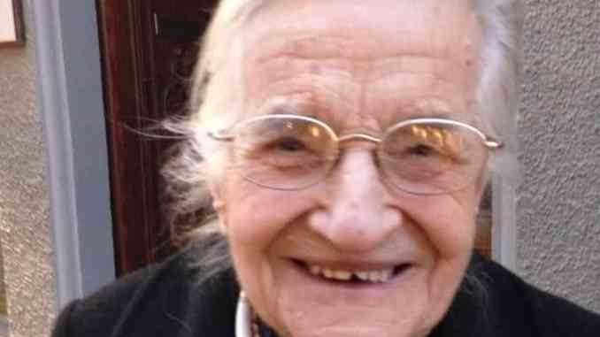 È morta Anna la storica collaboratrice del Vicario don Dario Borello 1