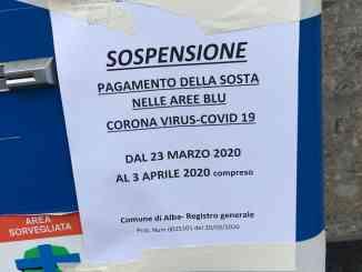 Ad Alba si ferma anche il mercato dei generi alimentari, sosta a pagamento sospesa fino al 3 aprile