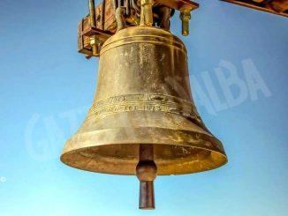 Monsignor Nosiglia invita a suonare le campane domenica