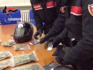 Coronavirus, in casa per i divieti segnala ai Carabinieri e fa arrestare quattro giovani spacciatori