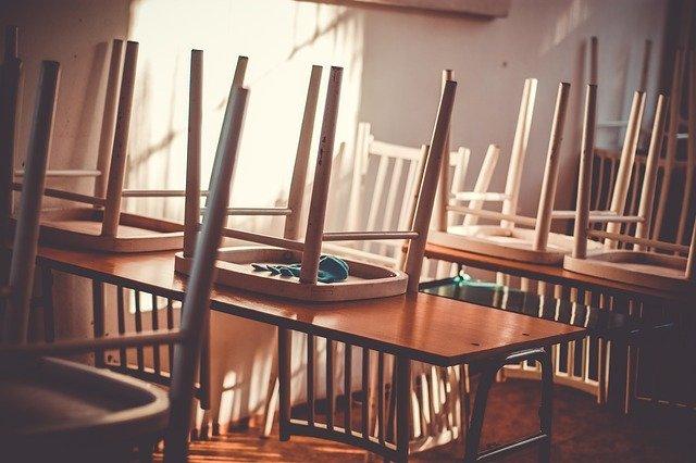 """Coronavirus. Il sindacato: """"Docenti tornino a scuola solo mercoledì. Diffida per chi li chiamerà prima"""""""