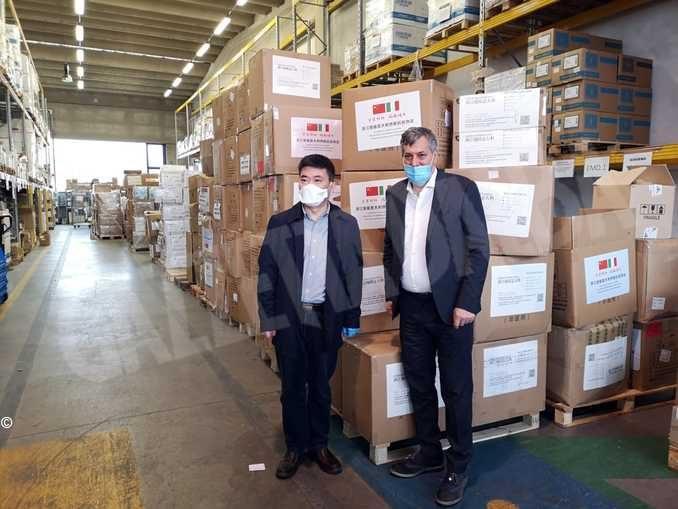 Coronavirus in Piemonte, l'assessore Icardi incontra e ringrazia il Console cinese
