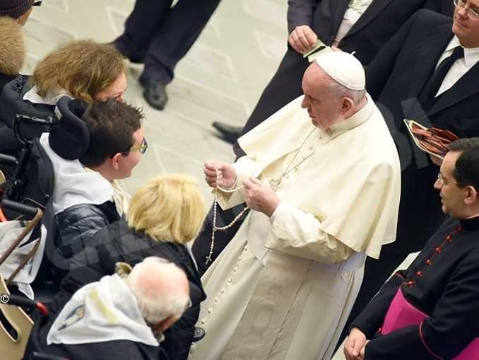Papa Francesco invita l'Italia a rimanere unita: abbiate un cuore più grande delle vostre case 1