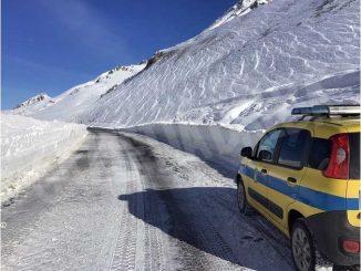 Maltempo: nevica sulle montagne, chiuso il colle della Maddalena