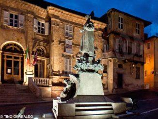 Si rinnova l'illuminazione pubblica in piazza del Municipio e a Pollenzo