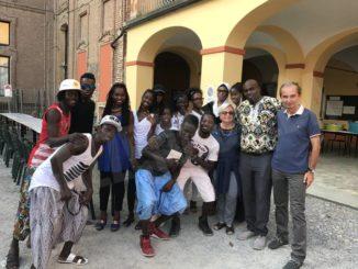 Supporto concreto dall'associazione dei senegalesi: 600 euro per il Comune