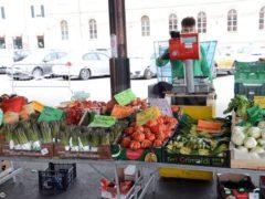 Dogliani: sabato 2 torna il mercato in piazza Carlo Alberto