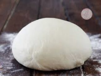 Monchiero, festa Patronale di San Fedele: il Comune consegna una pallina di impasto per pizza ad ogni famiglia.