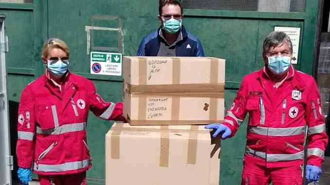 Pasticceria di Neive dona 200 uova di Pasqua al personale dell'ospedale di Alba
