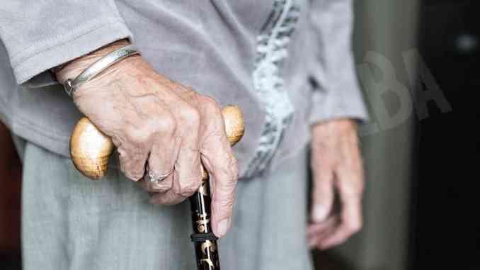 Troppi anziani colpiti dal Covid-19 a Canale