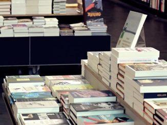 Librerie e cartolerie restano chiuse in Lombardia. Anche il Piemonte verso la proroga dello stop