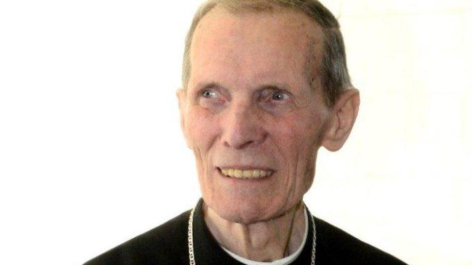 Dolore e cordoglio per la morte del vescovo emerito di Novara, il cardinale Renato Corti