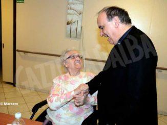 Monsignor Brunetti scrive agli anziani:«Per noi non siete un peso ma un dono» 3