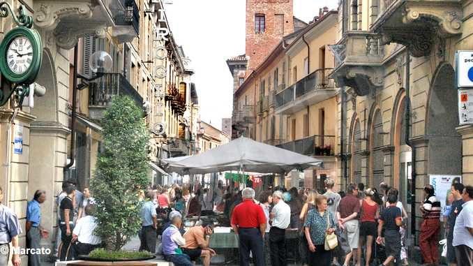 Riparti Piemonte: bonus mercati di 1.500 euro per gli ambulanti che non hanno lavorato