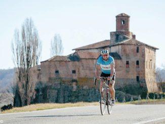 In bici alla scoperta di 66 Comuni di Langa e Roero
