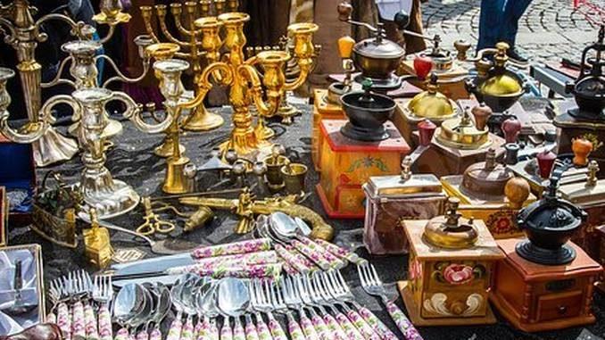 Martedì 2 a San Damiano ci sarà il mercatino dell'antiquariato