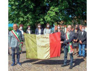 L'antica bandiera è tornata a Cissone, ma la sua storia è ancora da scrivere