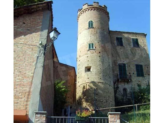 Castello di Calosso (003)