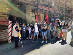 Scuola: mobilitazione di genitori e insegnanti in piazza «chiediamo sicurezza, spazi, risorse e personale adeguati» (FOTOGALLERY) 11