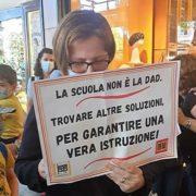 Scuola: mobilitazione di genitori e insegnanti in piazza «chiediamo sicurezza, spazi, risorse e personale adeguati» (FOTOGALLERY) 7