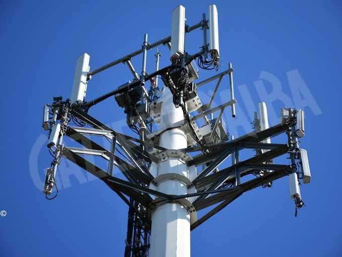 antenna torre cellulari