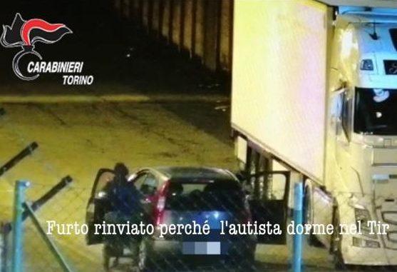 In manette dopo 33 furti: fine all'attività della banda specializzata nelle razzie alle aziende