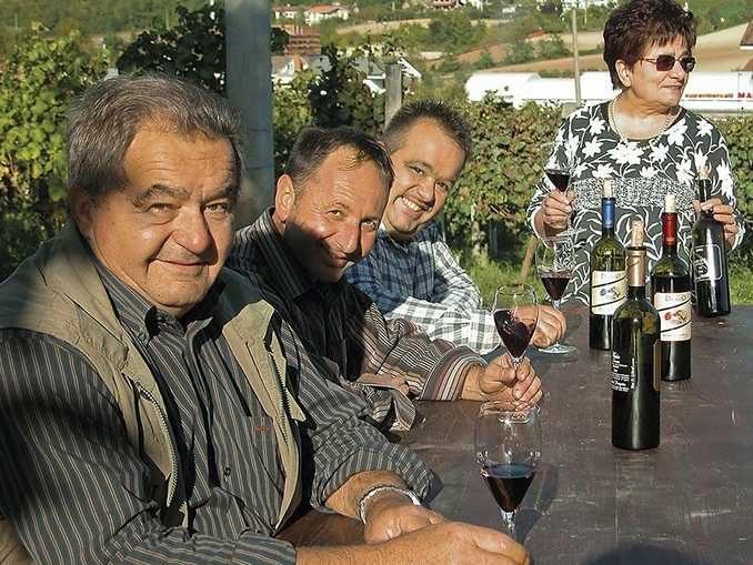 Lutto nella viticoltura albese: muore a 73 anni Luigi Drocco
