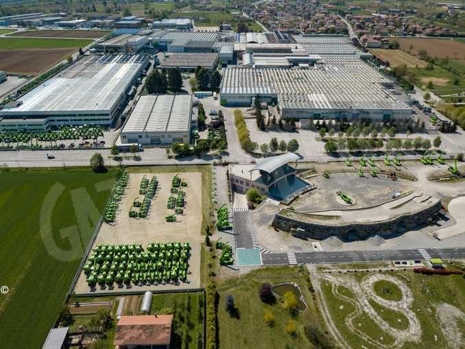 Accordo tra Intesa Sanpaolo e gruppo Merlo per sostenere fornitori e rivenditori