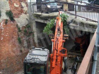 Traffico deviato in via Vittorio Emanuele a Sommariva Perno 1