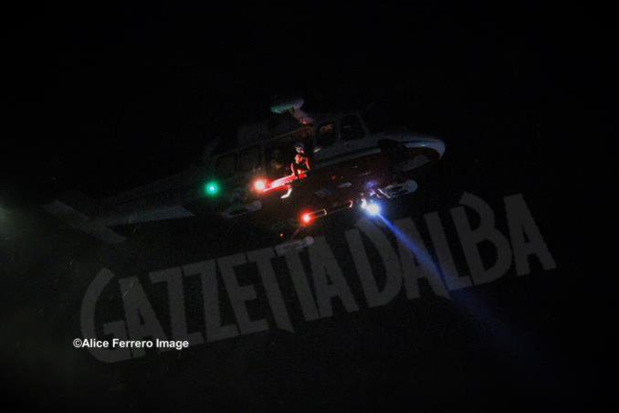 Inaugurata ad Alba la nuova base elisoccorso per atterraggio diurno-notturno con validazione del sistema 118 10