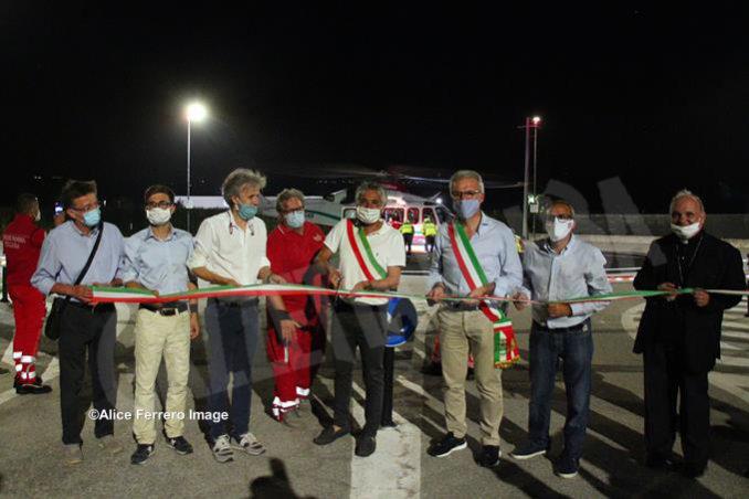 Inaugurata ad Alba la nuova base elisoccorso per atterraggio diurno-notturno con validazione del sistema 118 11