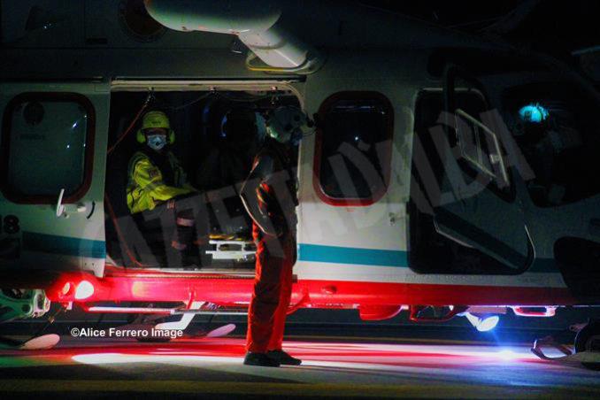 Inaugurata ad Alba la nuova base elisoccorso per atterraggio diurno-notturno con validazione del sistema 118 14